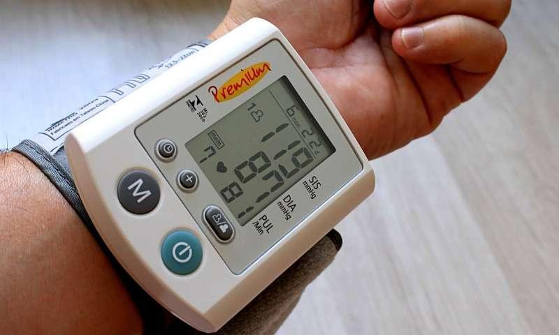 تست فشار خون در خانه